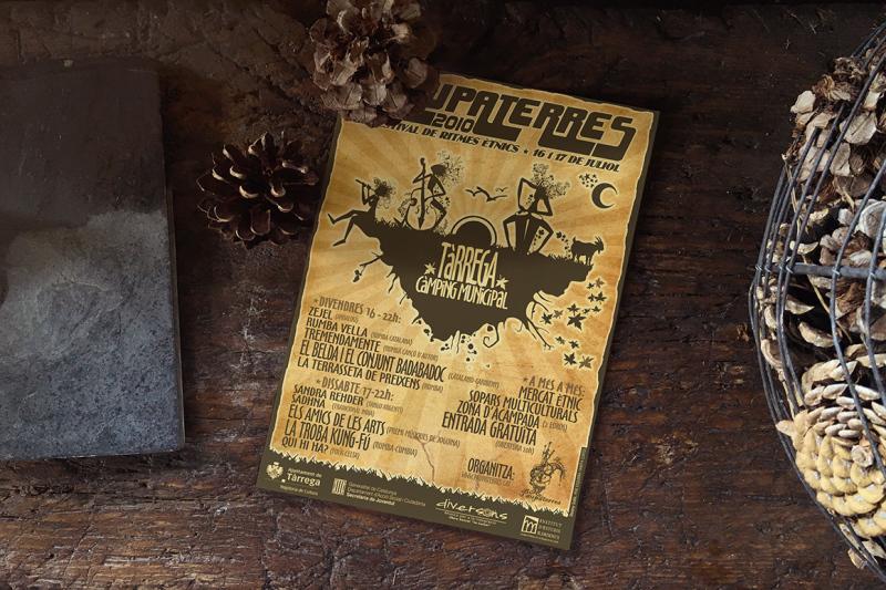 vintage-pinecones