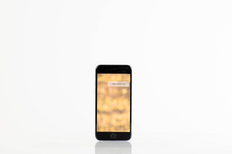 set-from-6-iphone-mockups