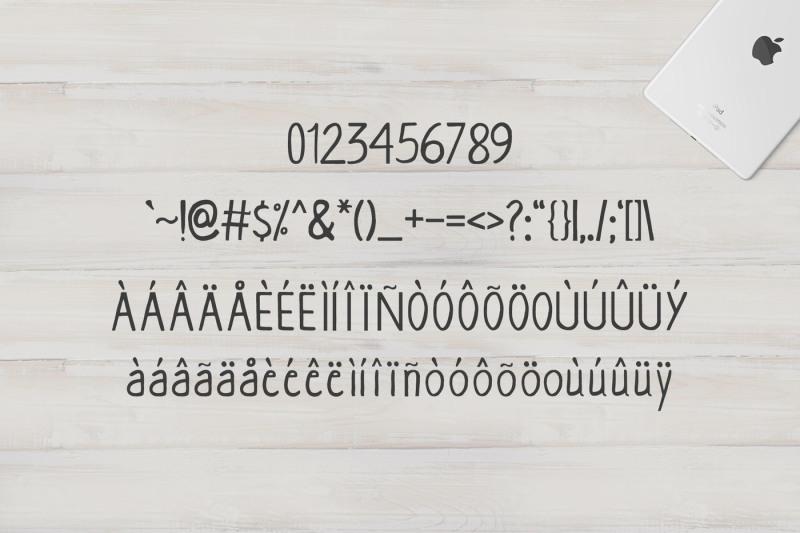 aarianna-handmade-brush-font-family