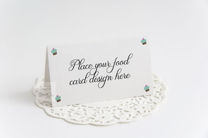 table-food-mockup-guest-tent-card-psd-mock-up-buffet-stationery-mockup