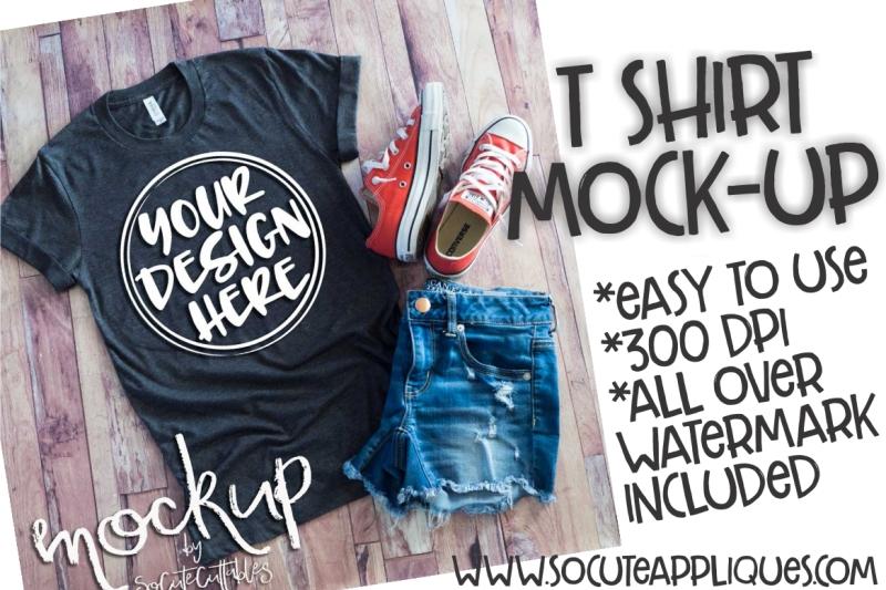 Free Gray t-shirt flat lay mock up 6463 (PSD Mockups)