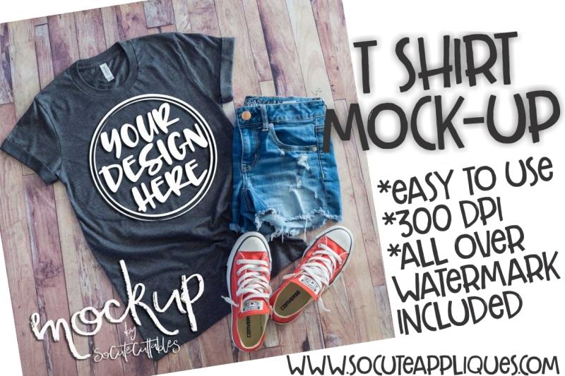 Free Gray t-shirt flat lay mock up 6465 (PSD Mockups)