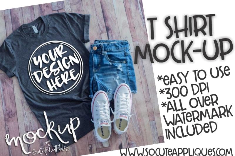 Free Gray t-shirt flat lay mock up 6466 (PSD Mockups)