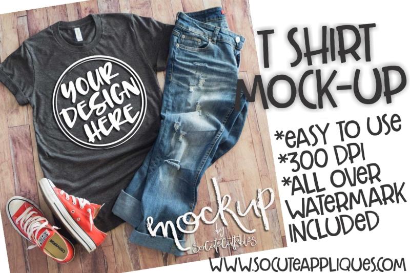 Free Gray t-shirt flat lay mock up 6468 (PSD Mockups)