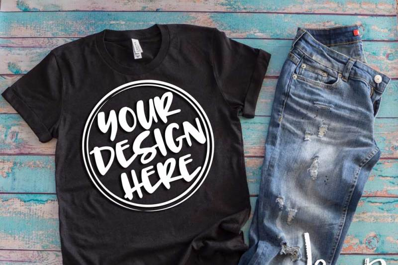 black-t-shirt-flat-lay-mock-up-6511