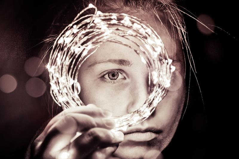 monochrome-portrait-100-lightroom-presets
