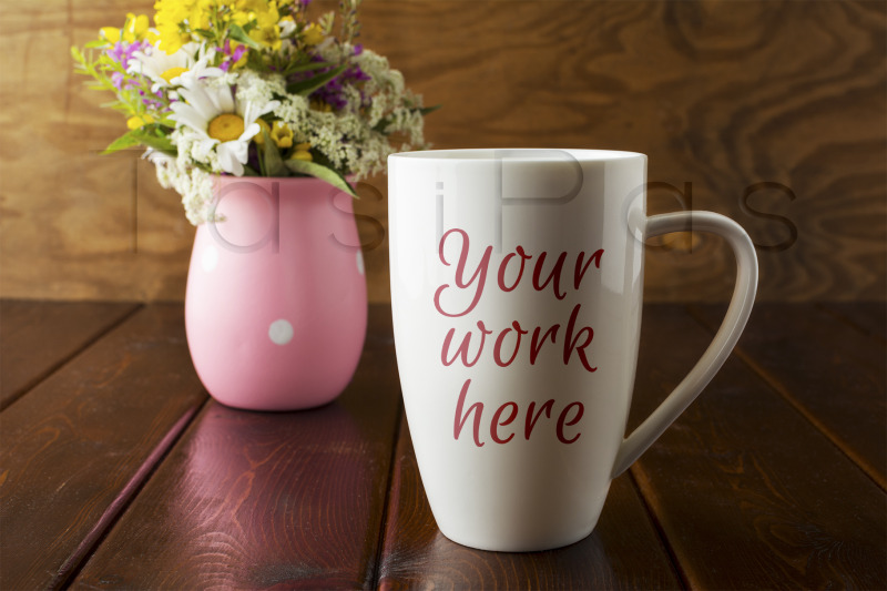 white-coffee-cappuccino-mug-rustic-mockup-with-wildflowers-in-pink-vas
