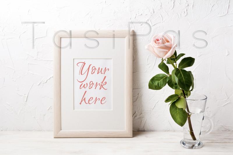 wooden-frame-mockup-with-pink-rose
