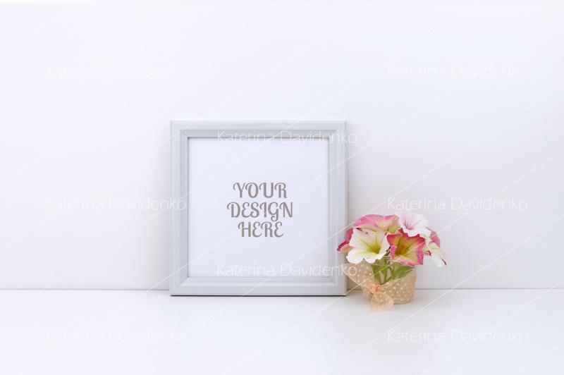 Free Frame mockup, pink flowers, square (PSD Mockups)