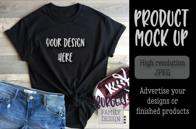 Free MOCK UP   Basic black tee jeans (PSD Mockups)