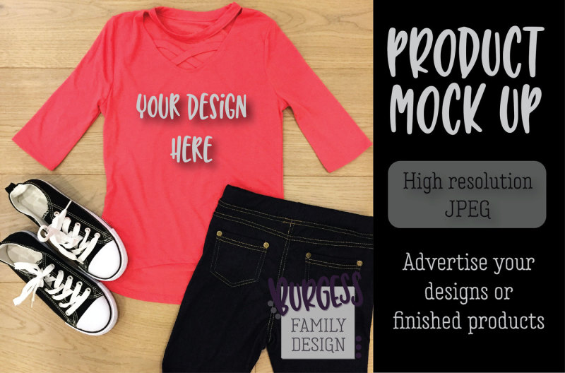 Free MOCK UP | Pink top & jeans (PSD Mockups)