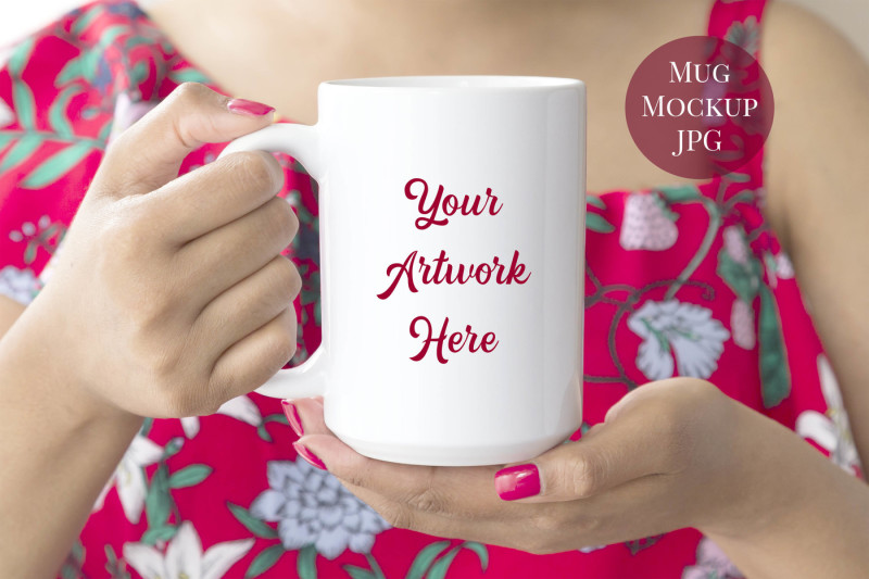 Free Woman holding 15oz mug mockup (PSD Mockups)
