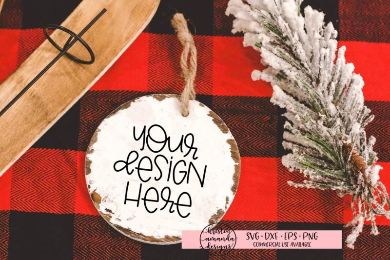 Free Christmas Ornament Mockup (PSD Mockups)