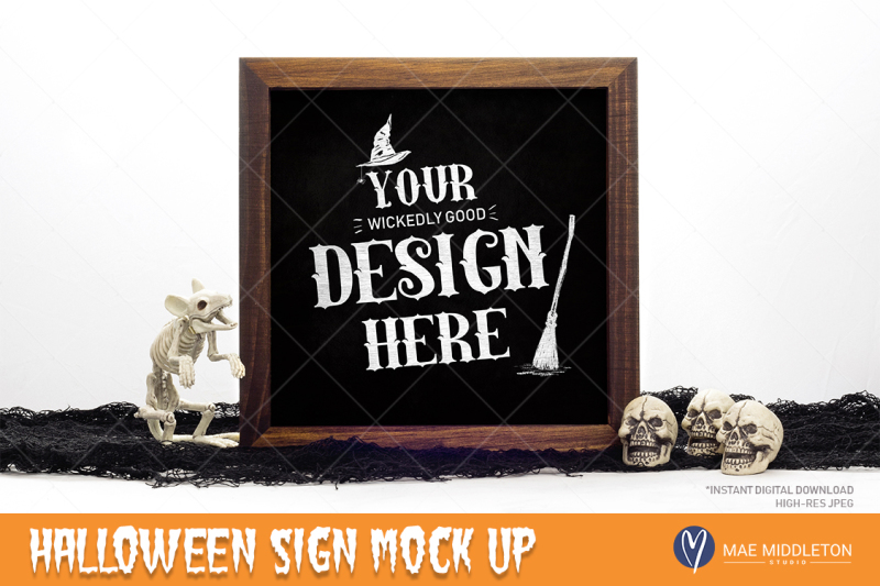 Free Halloween Mockup - wooden sign / chalkboard (PSD Mockups)