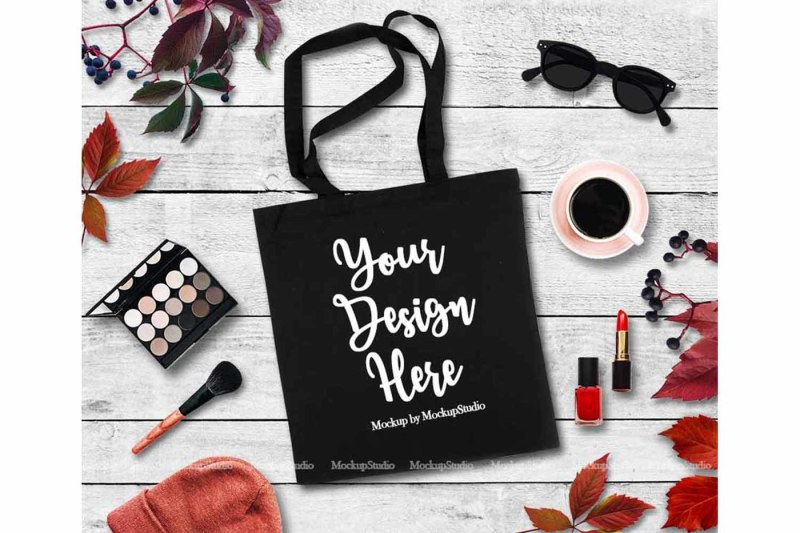 Free Fall Tote Bag Mockup, Feminine Black Canvas (PSD Mockups)
