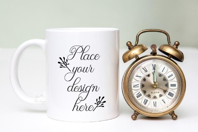 Free White coffee cup mock up noon midnight mug mockups photo mockup (PSD Mockups)