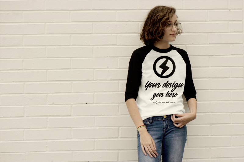Free Raglan Tee Teen Model | Mock Up (PSD Mockups)