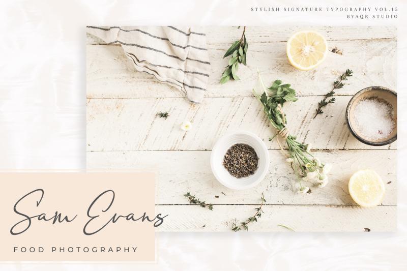 sakage-signature-font