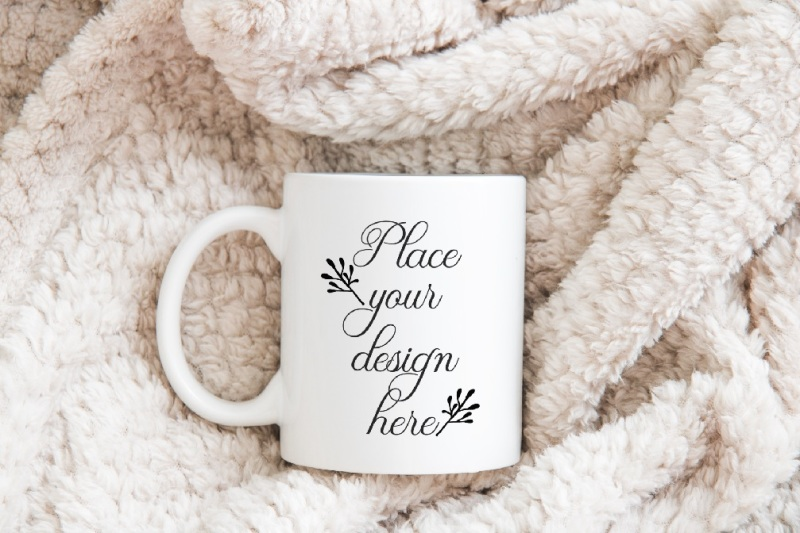 Free Mug mockup white cup coffee mock up psd winter mockups (PSD Mockups)