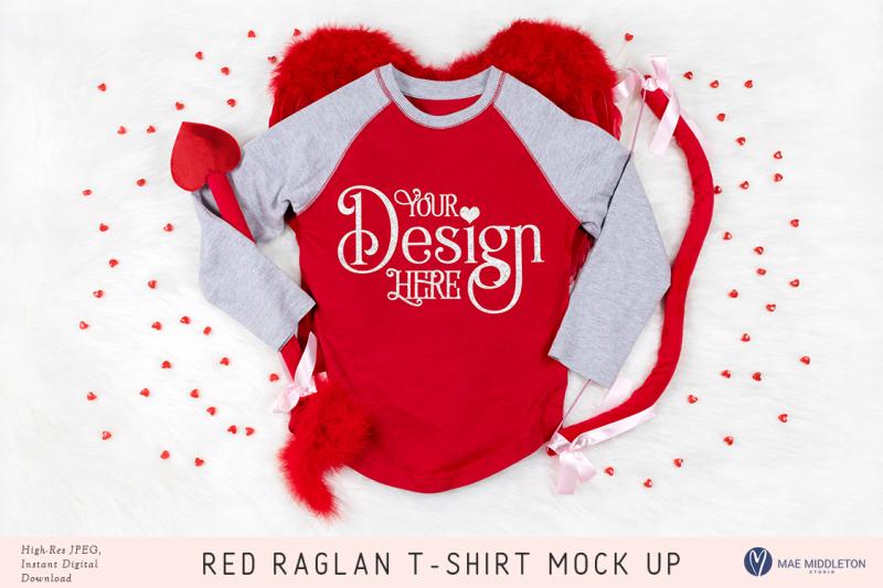red-raglan-baseball-t-shirt-mock-up