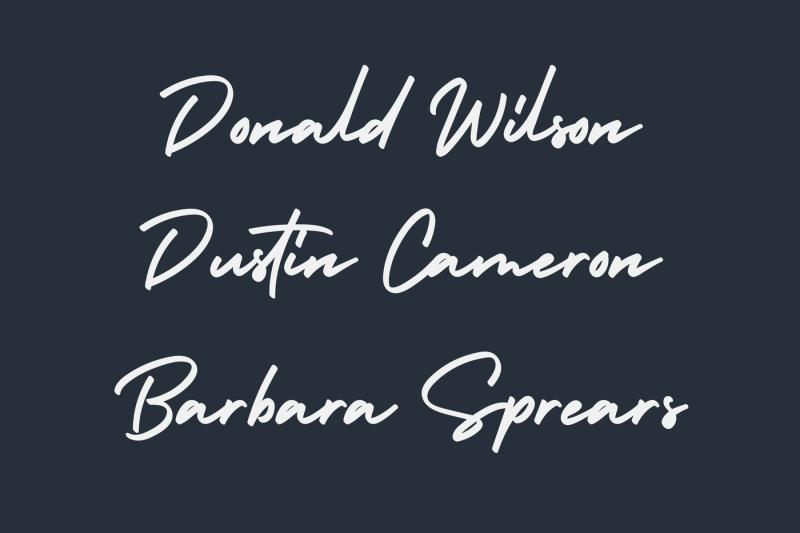 holiday-bold-signature-font