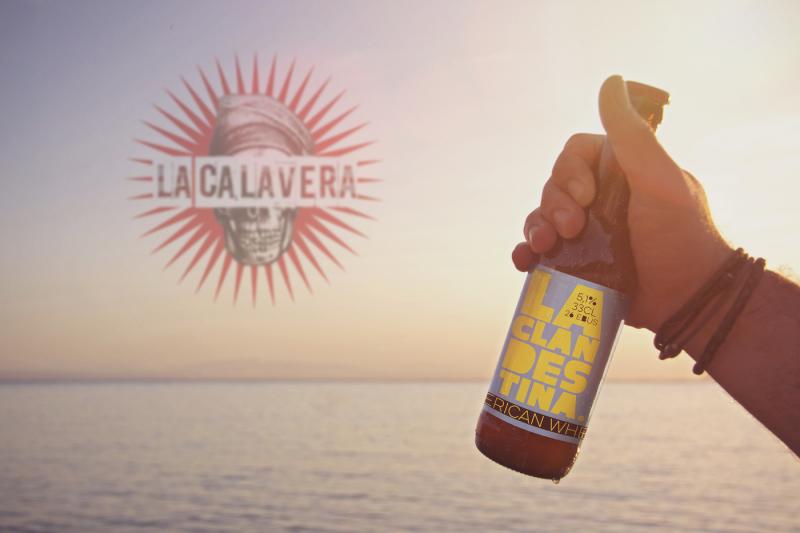 Free Beach Beer Horizon | Logo (PSD Mockups)