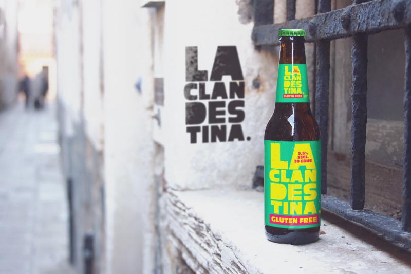 venetian-window-beer-mockup