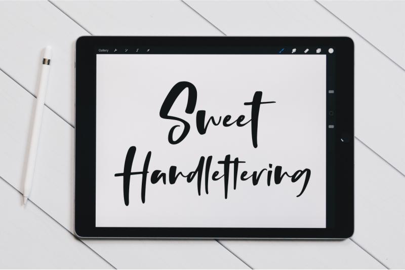 thursday-vibes-handwritten-font