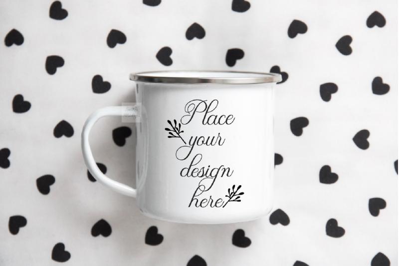 Free tin mug mockup metal cup enamel mock up camp mockups flatlay (PSD Mockups)