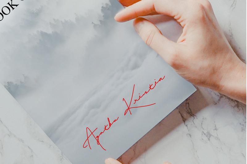 gellattik-script-signature-font