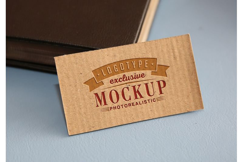 Free Photorealistic mock-ups with vintage background (PSD Mockups)
