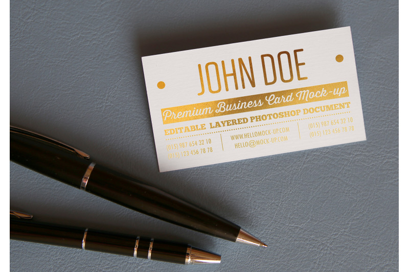 Free Business card template Gold Mock-up (PSD Mockups)