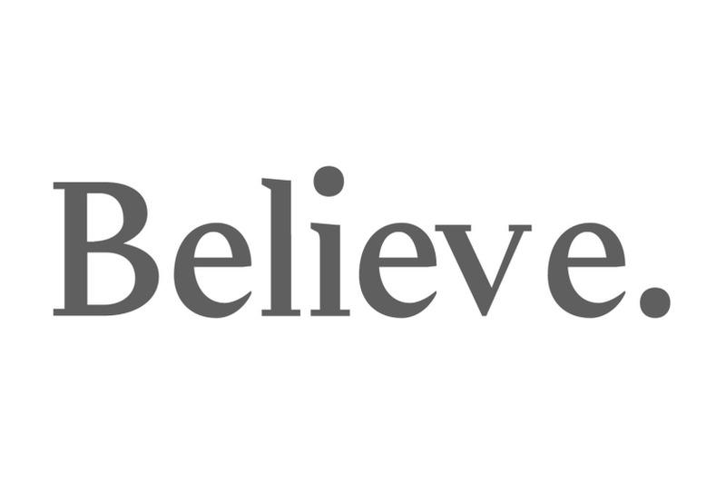 adrina-modern-serif-font-family