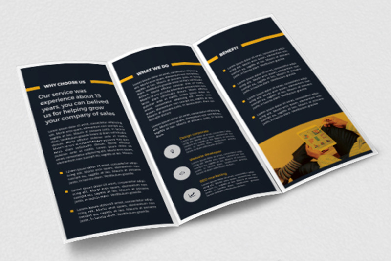 simple-trifold-brochure-template