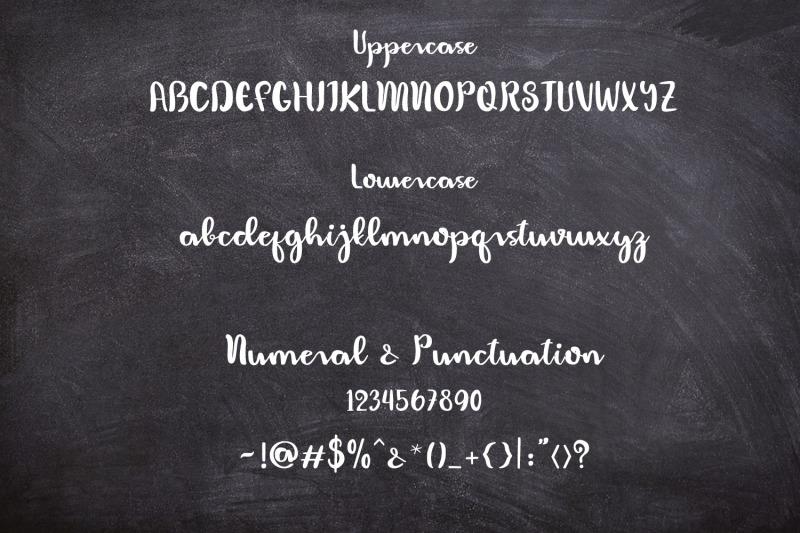 humaniora-script-font