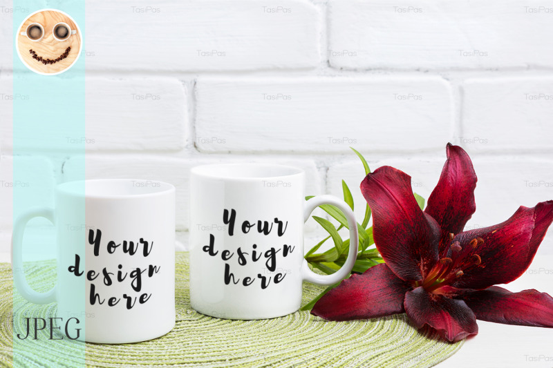 Free Two coffee mug mockup with maroon lily (PSD Mockups)