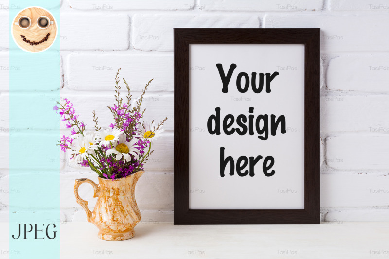 Free Black brown frame mockup with chamomile and purple flowers in golden (PSD Mockups)