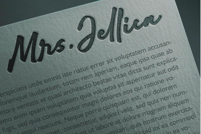 adelina-camarie-bold-signature-font