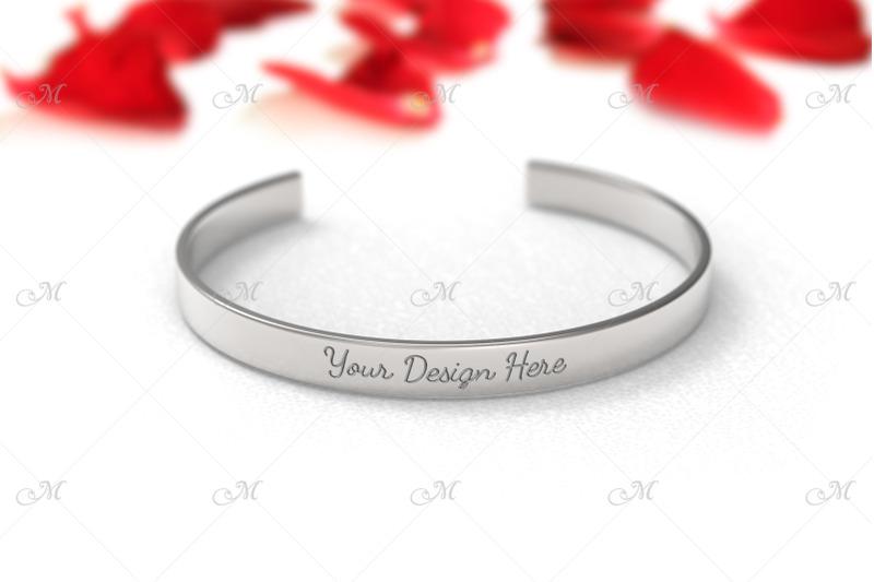 Free Metal Bracelet Mockup. PSD+JPG (PSD Mockups)