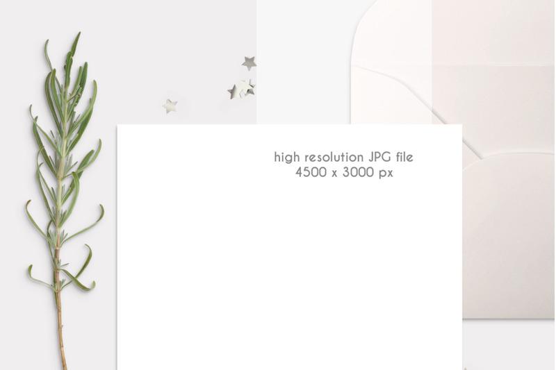 card-with-envelope-mockup-0010