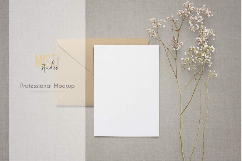 card-with-kraft-envelope-mockup-0022