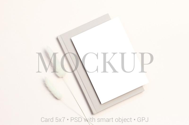 card-mockup-with-dry-flowers-amp-free-bonus