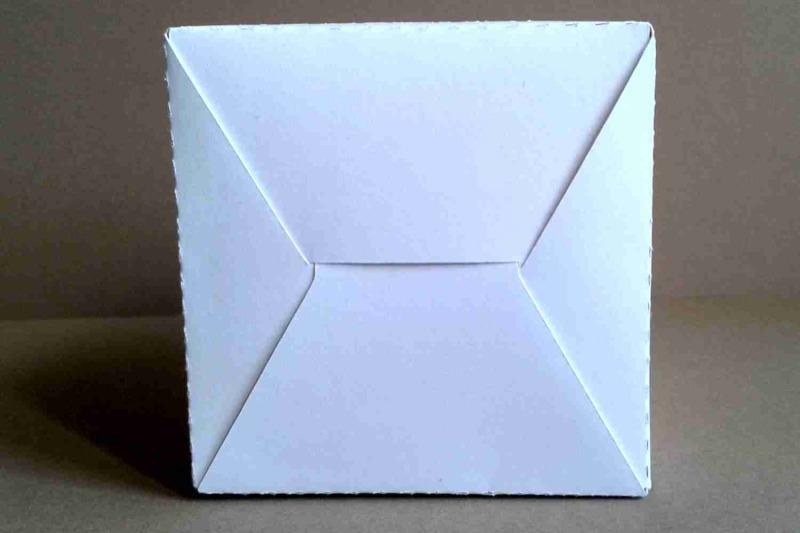 box-13-single-piece-with-interior-color-2-75-inches-7-cm-svg-file