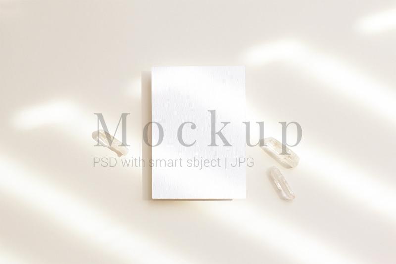 psd-mockup-card-mockup-greeting-card