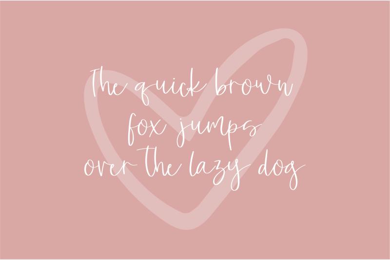 lucky-lady-a-beautiful-script-font