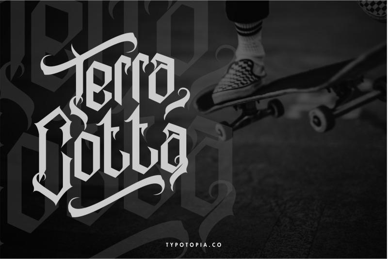 alabasta-the-blackletter-font