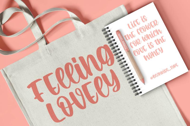 romantic-crafty-a-quirky-font