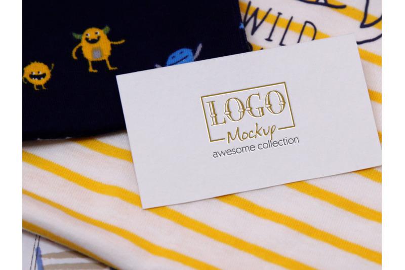 logo-mockup-on-kids-alien-design-with-stripes