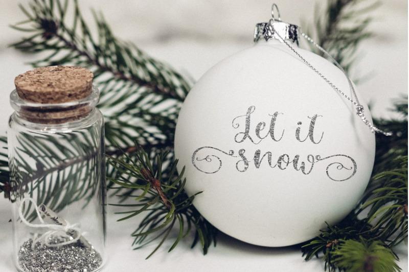 winter-time-decorative-script-font