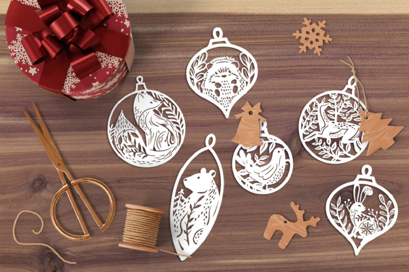 winter-forest-animals-christmas-baubles-svg-cut-files